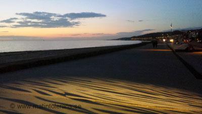 Blogginlägg: Mörkret lägger sig och sommaren närmar sig ett slut