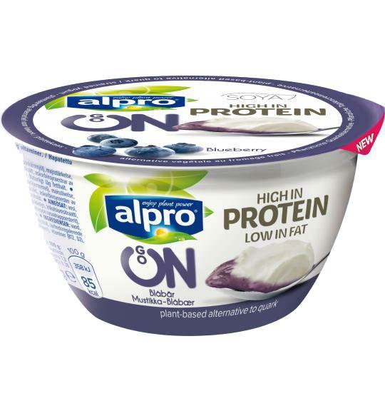 Mattips: Nya mjölk- och laktosfria alternativ ifrån Alpro i form av havre-mandel dryck och kvarg alternativ med blåbärsmak