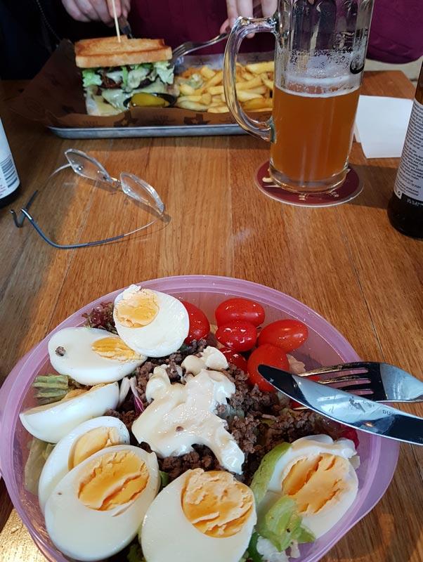 Medhavd mat på restaurang